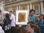 Schola Cantorum Jubilate present gift to Pope Benedict XVI