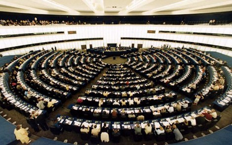 European Parliament gives strong support for a new EU Safer Internet Programme
