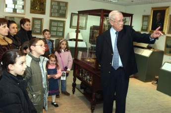 BOV young savers relive the history of banking