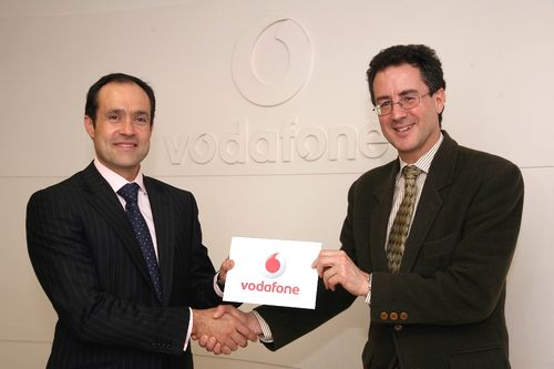 Vodafone sponsors print features journalism award