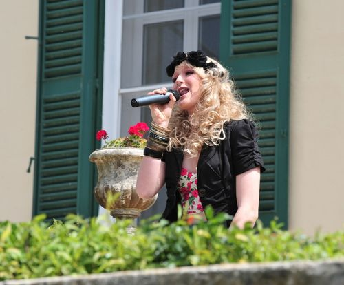 Maltese teenager signs for UK record label