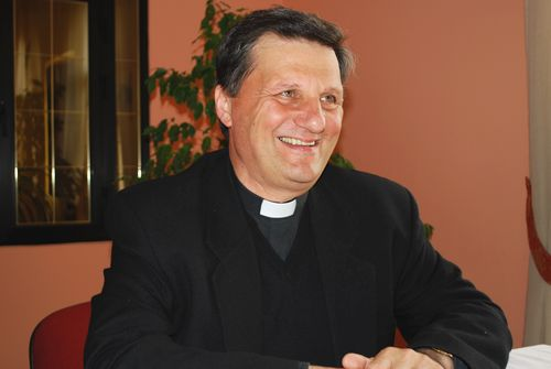 Bishop of Gozo in Australia at the start of pastoral visit