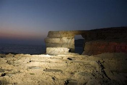 Azure Window stable despite 90% of bottom layers falling