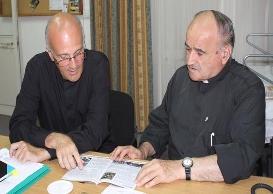 Pope's Secretary presents donation to Arka Foundation