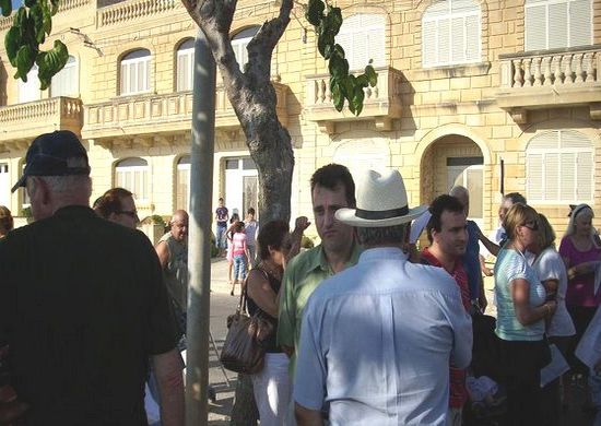 Gharb Residents Association hold protest meeting
