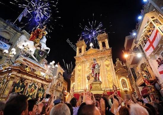 'Festa San Gorg' entry wins photographic competition