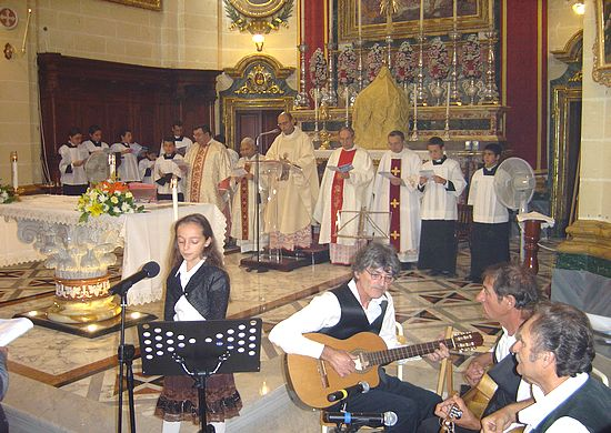 Munxar Parish holds traditional Maltese folk music Mass