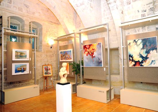 An exhibition of Gozitan artists at San Anton Palace