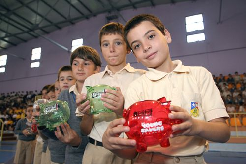 BOV L-Istrina Piggy Bank Campaign 2009 Launched