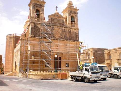 Restoration of San Lawrenz Church facade gets underway