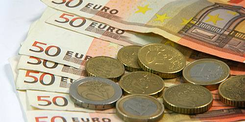 Current account balance shows a net deficit of €102.9m