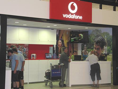 Vodafone opens new outlet at Malta International Airport
