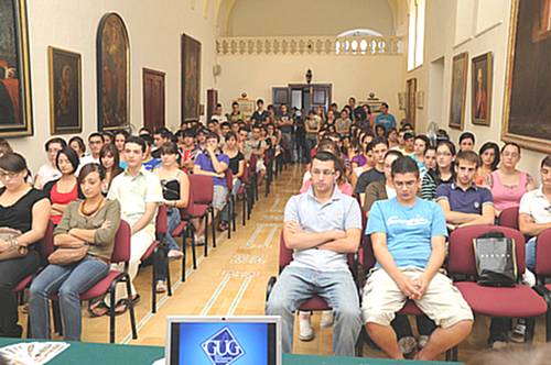 Introductory meeting held for new Gozo university students