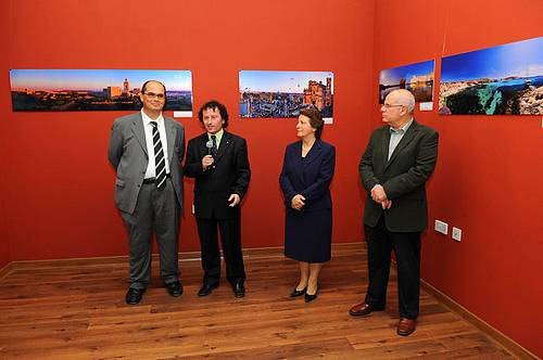 Photographic Exhibition inaugurated at Circolo Gozitano
