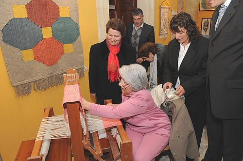 Inauguration held of 'Fantasy in Yarn' exhibition in Victoria
