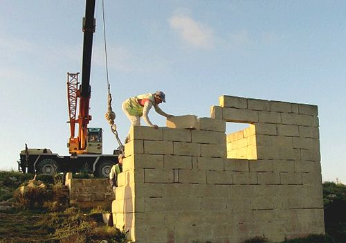 MEPA carries out direct action on illegal structure in Rabat