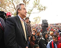 UN refugee chief urges sustained relief effort in Libya