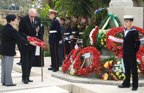 ANZACs' sacrifice remembered with wreath laying ceremony
