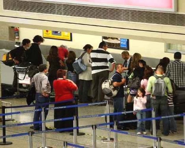 February's outbound tourism went up by 7.2% on 2011