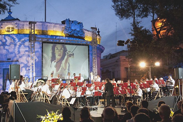 Concert in Independence Square to celebrate Victoria Day