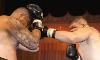 Galea & Corito both win their fights against English boxers