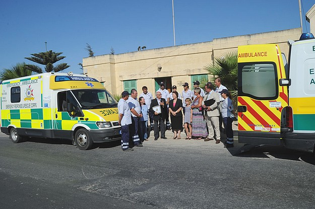 E.R.R.C. Gozo  receives a donation of two ambulances