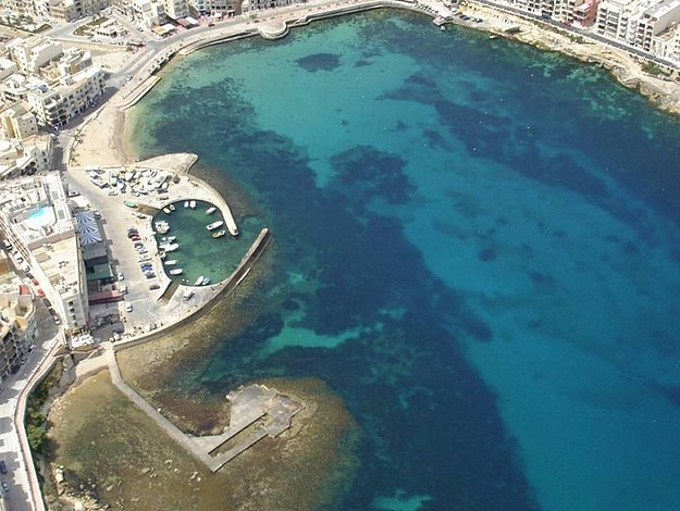 Elderly Maltese swimmer dies in Marsalforn this afternoon