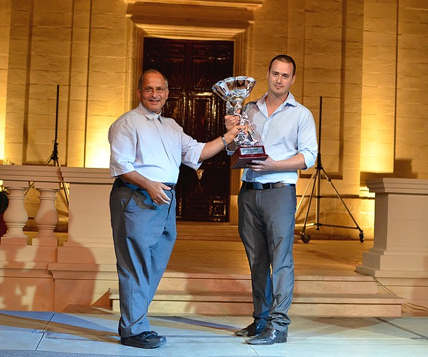 Frank Camilleri wins the the Prize Palma tad-Deheb 2011