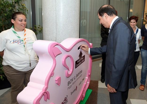 President launches L-Istrina BOV Piggy Bank Campaign 2011