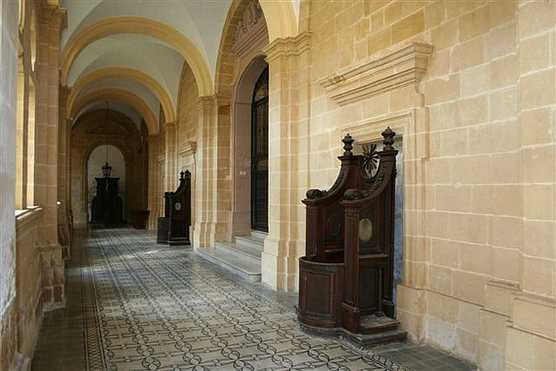 FAA tour of the Augustinian Priory (St Wistin) at Mdina