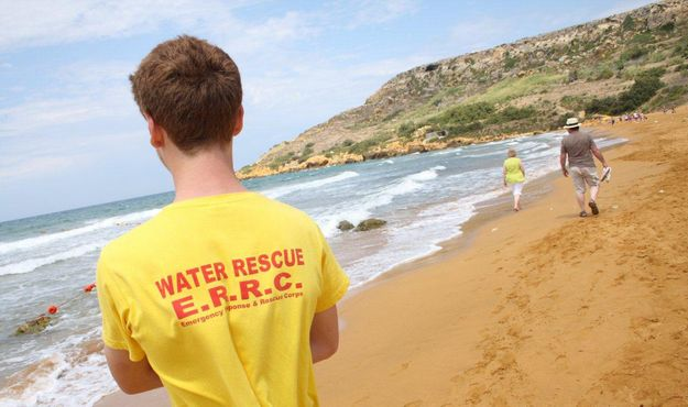 Teenager suffers back injuries jumping off cliffs at Comino
