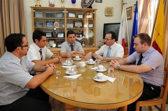 Justice Minister visits Xaghra Council administrative offices