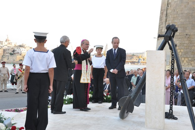 Monument unveiled to commemorate Santa Marija convoy