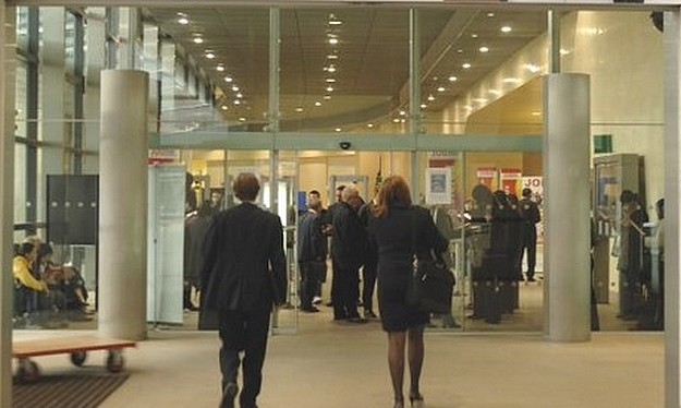 February's unemployment figures shows increase on 2012