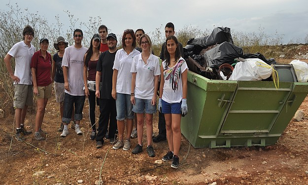 Entire skip filled in Y4TE clean up at Majjistral Nature park