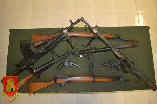 AFM hands over 8 preserved weapons for museum display