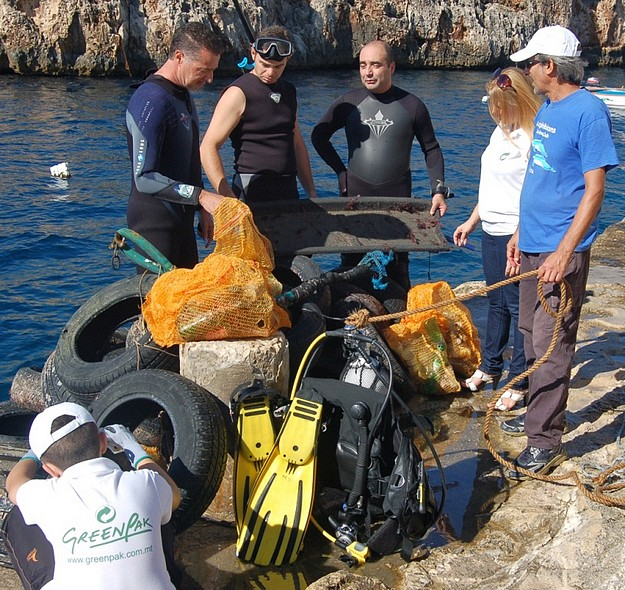 GreenPak's seabed clean up shows importance of recycling