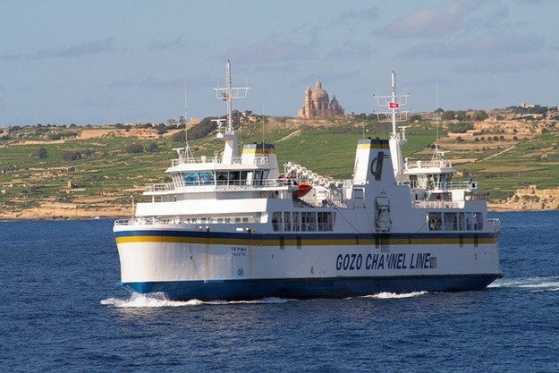 Increase in passengers and vehicles crossing to Gozo