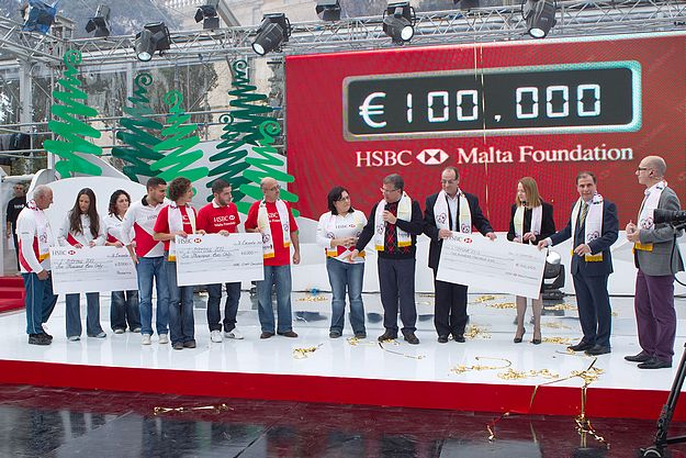 HSBC Malta Foundation supports l-Istrina 2012 charity