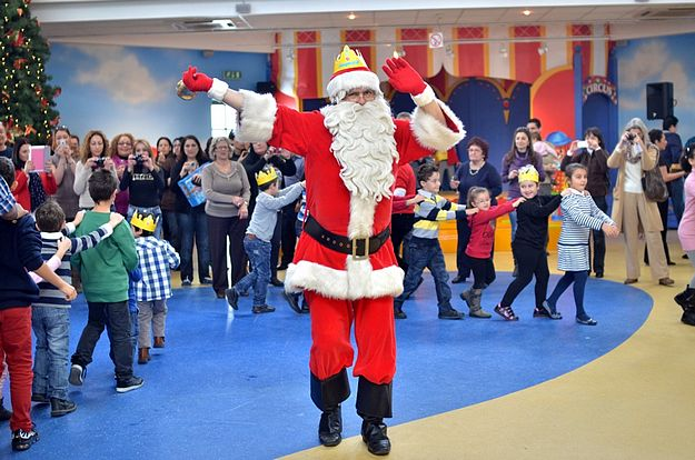 Refurbished FunPark hosts Santa's breakfast with children