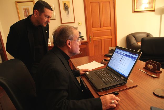 Archbishop receives around 300 messages on Facebook