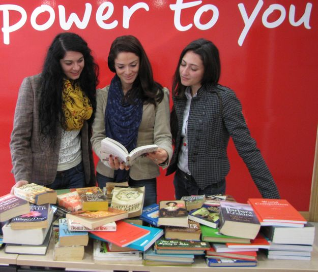 Vodafone employees donate books for Book Box initiative