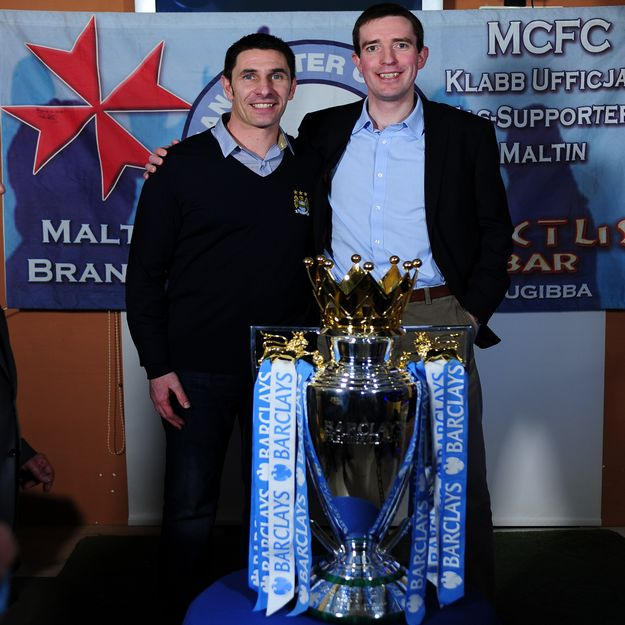 Man City football legend meets British High Commissioner