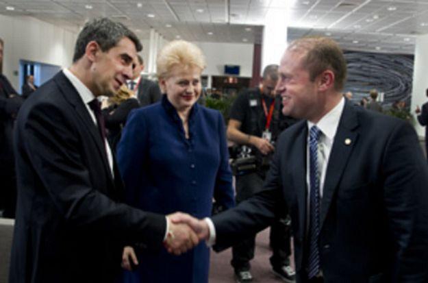 Leaders endorse the EU's economic priorities for 2013