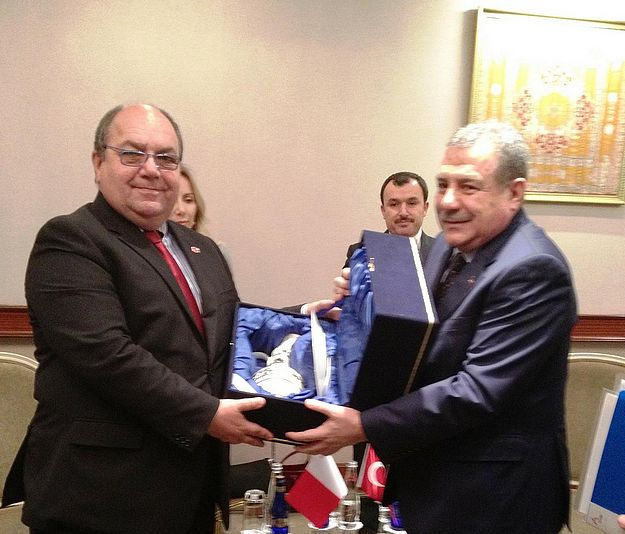 Home Affairs Minister meets Minister of Interior of Turkey