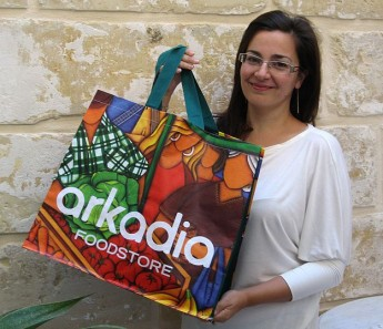 Arkadia Foodstore gets artistic with launch of new eco-bags