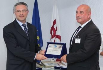 Captain Mark Micallef Eynaud awarded Aviator of the Year