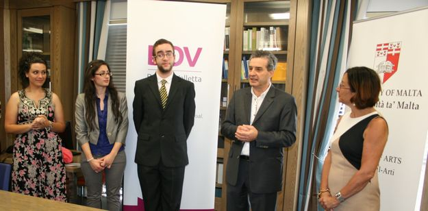 Faculty of Arts Dean's List Awards, sponsored by BOV
