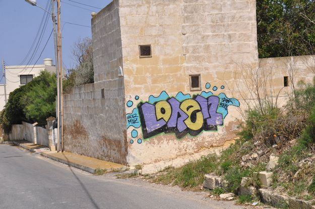 Gozo-Graffiti - Do we need it and who is responsible for it??