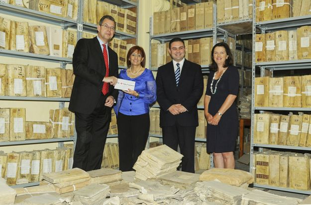 HSBC Foundation donates €100,000 to Notarial Archives
